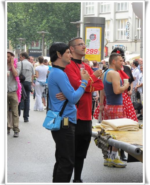 Christopher Street Day Hamburg + Info zur Fundgrube 74