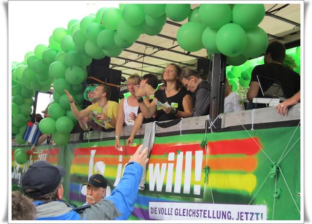 Christopher Street Day Hamburg + Info zur Fundgrube 75