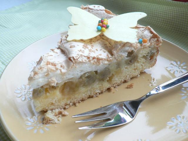 stachelbeer-baiser torte