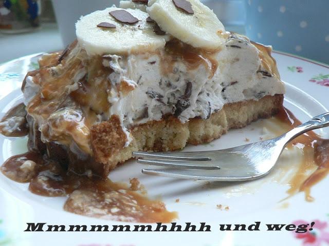 Sahnige Bananen-Karamel-Törtchen mit Schokoflocken 16