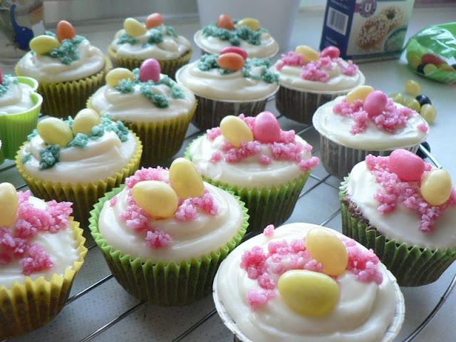 """Red Velvet bzw. Rote Samt Cupcakes"" 1"
