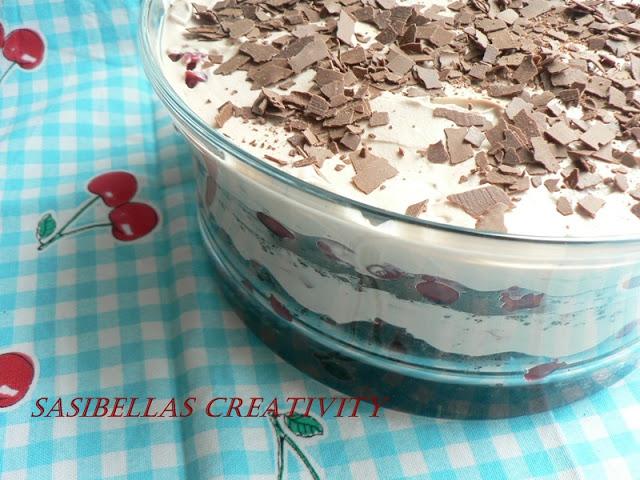 Kirschtrifle mit Oreokeksen und Nutellacreme 12