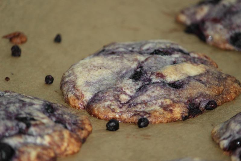 """""""Lecker(e)"""" Cookies - Blaubeere und Banane/Walnuss 16"""