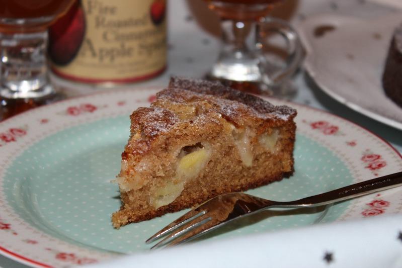 Apple Cinnamon Cake & Punsch 5