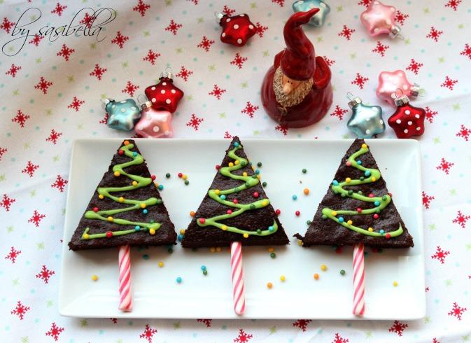 Adventskalendertürchen # 14 Tannenbäume am Stil aus Brownies 15