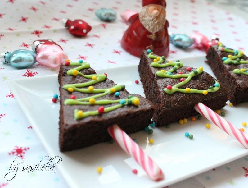 Adventskalendertürchen # 14 Tannenbäume am Stil aus Brownies 17