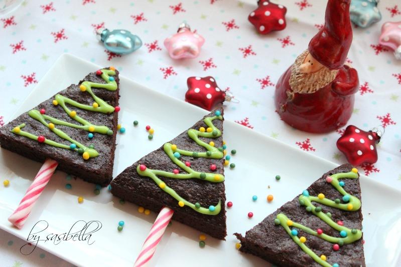 Adventskalendertürchen # 14 Tannenbäume am Stil aus Brownies 19