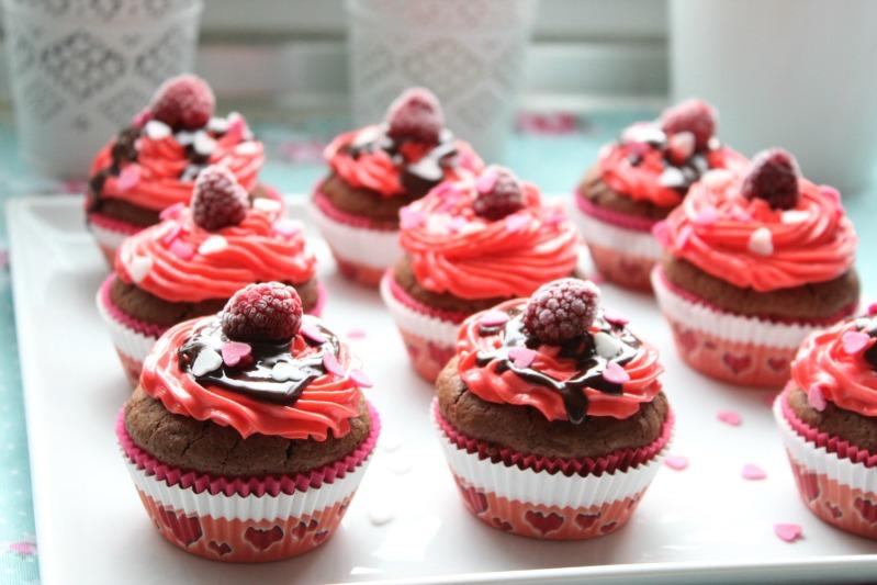 """Süße Versuchung"" -Cupcakes zum Valentinstag 24"