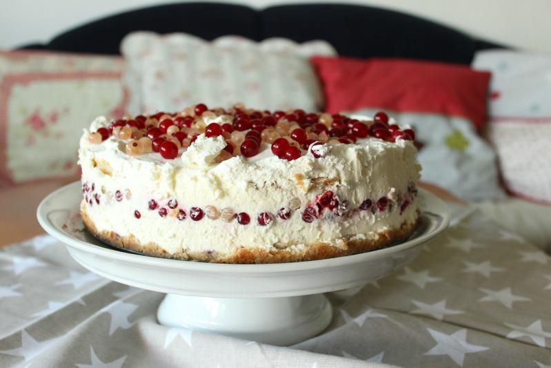 Johannisbeer-Creme Torte mit 3 Knusperböden 2