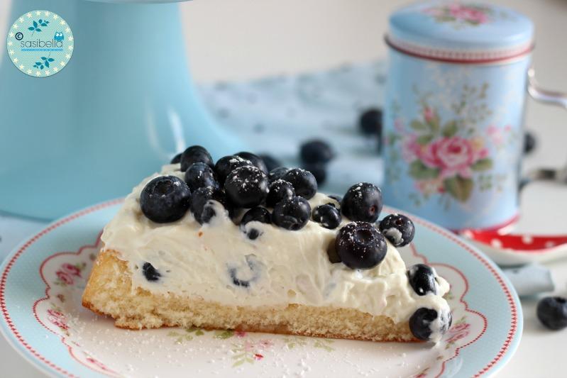 Mascarpone-Quark Torte mit frischen Heidelbeeren und ein kleiner Kinderzimmer-Einblick! 8