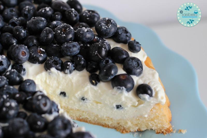 Mascarpone-Quark Torte mit frischen Heidelbeeren und ein kleiner Kinderzimmer-Einblick! 12