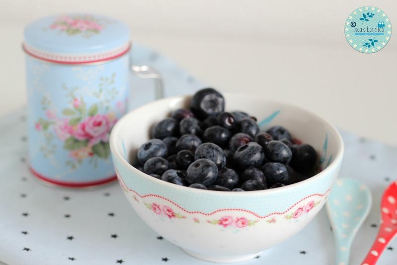 Mascarpone-Quark Torte mit frischen Heidelbeeren und ein kleiner Kinderzimmer-Einblick! 13