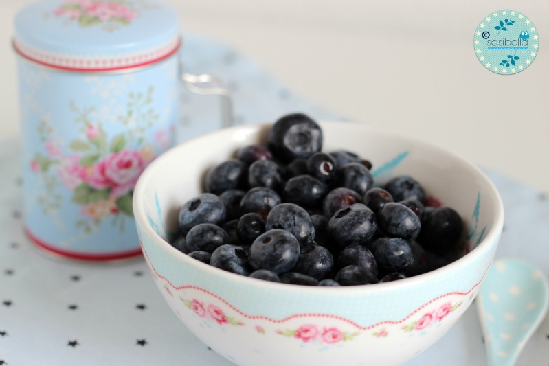 Mascarpone-Quark Torte mit frischen Heidelbeeren und ein kleiner Kinderzimmer-Einblick! 15