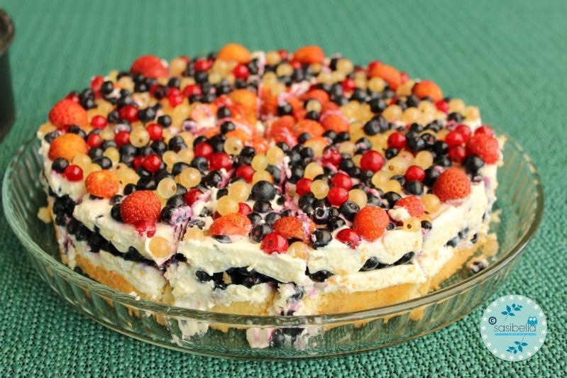 Mascarpone-Quark Torte mit frischen Heidelbeeren und ein kleiner Kinderzimmer-Einblick! 16