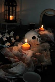http://sasibella.de/halloween-ein-ruckblick-auf-die-etwas/