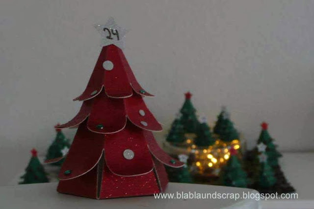 """Adventskalendertürchen # 1 - Gastpost von Silvia """"Weihnachtsbaum Adventskalender"""" 21"""