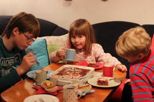 Adventskalendertürchen # 22  Lebkuchenschnitten mit Kirschkompott + Früchtepunsch + meine Weihnachtswerkeleien 7