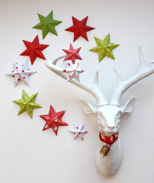 http://www.katescreativespace.com/2012/11/30/starstruck-at-christmas/