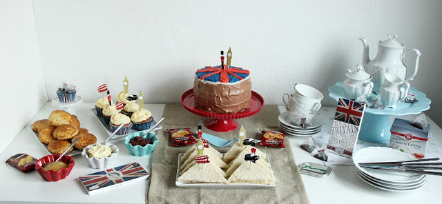 Kreativer Freitag # 1/2014 -  English Afternoon Tea Party 1