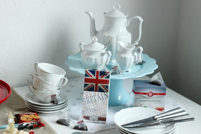 Kreativer Freitag # 1/2014 -  English Afternoon Tea Party 9