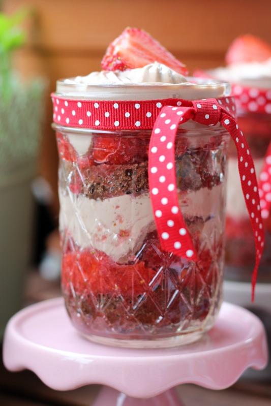 Erdbeer Tiramisu im Glas 2