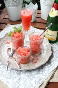 Wassermelonen-Granita mit Aperol.