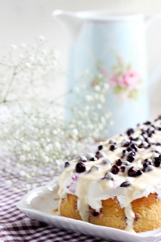 Blaubeer-Zitronenkuchen mit Frischkäsefrosting 6