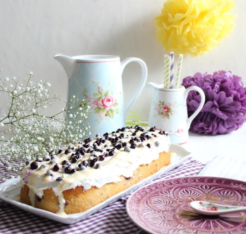 Blaubeer-Zitronenkuchen mit Frischkäsefrosting 2