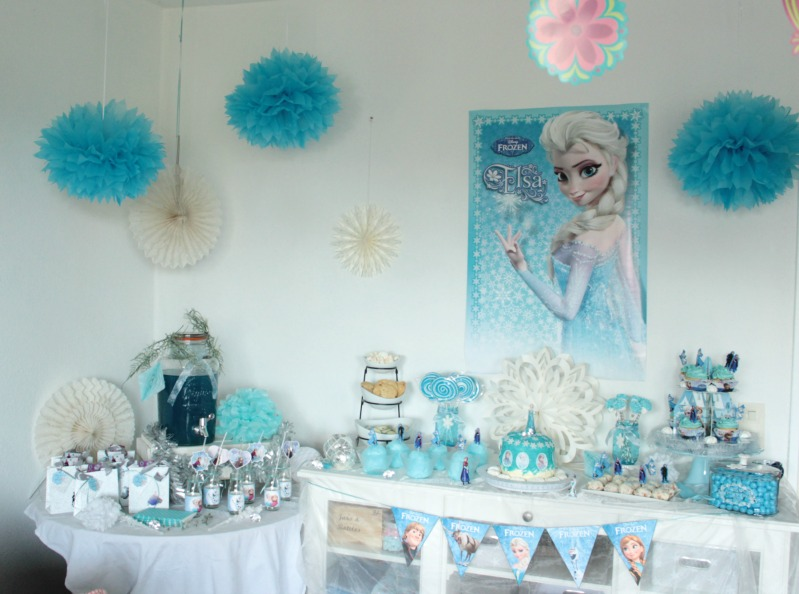eisk nigin geburtstagsparty frozen birthday party sasibella. Black Bedroom Furniture Sets. Home Design Ideas