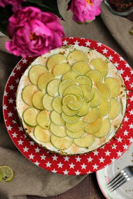 Caipirina Torte oder No-Bake Limetten Schmandtörtchen 37