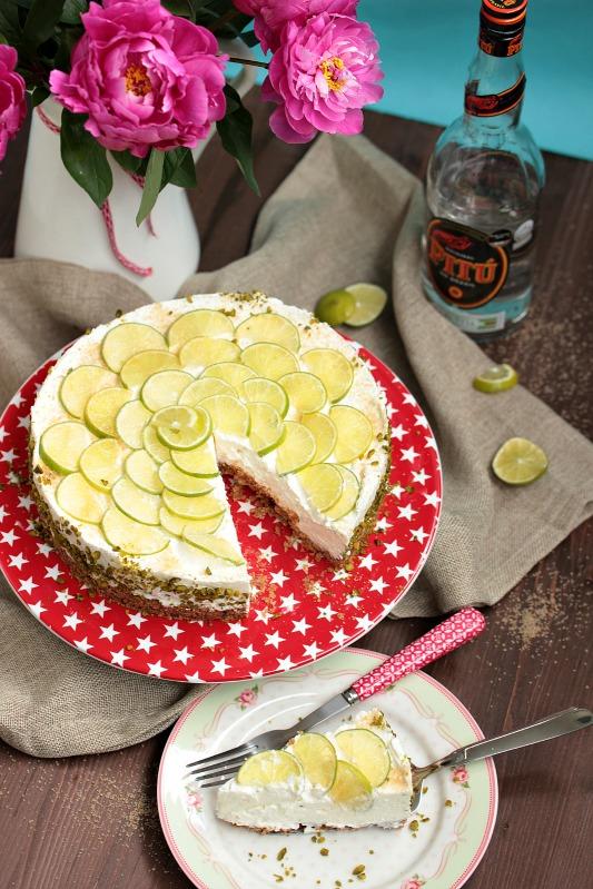 Caipirina Torte oder No-Bake Limetten Schmandtörtchen 43