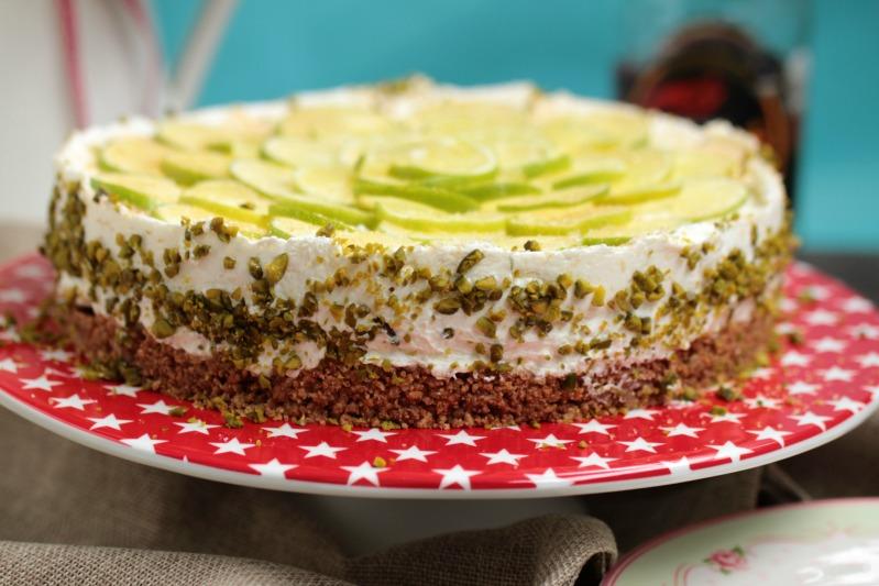 Caipirina Torte oder No-Bake Limetten Schmandtörtchen 40