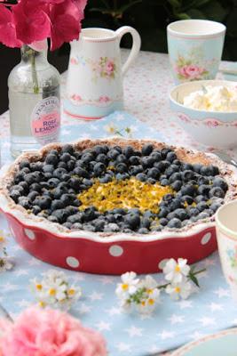Blaubeer-Lemoncurd Tarte 48