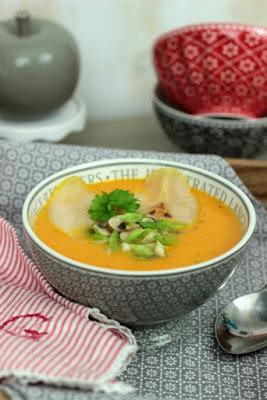 Kürbissuppe mit karamelisierten Birnen 12
