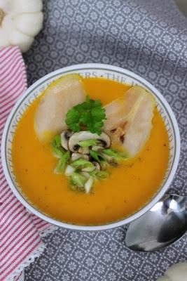 Kürbissuppe mit karamelisierten Birnen 6