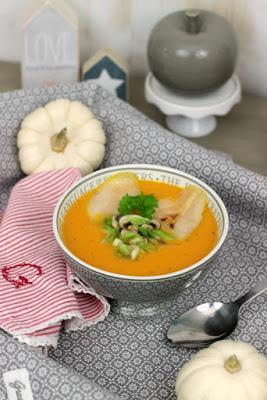 Kürbissuppe mit karamelisierten Birnen 5