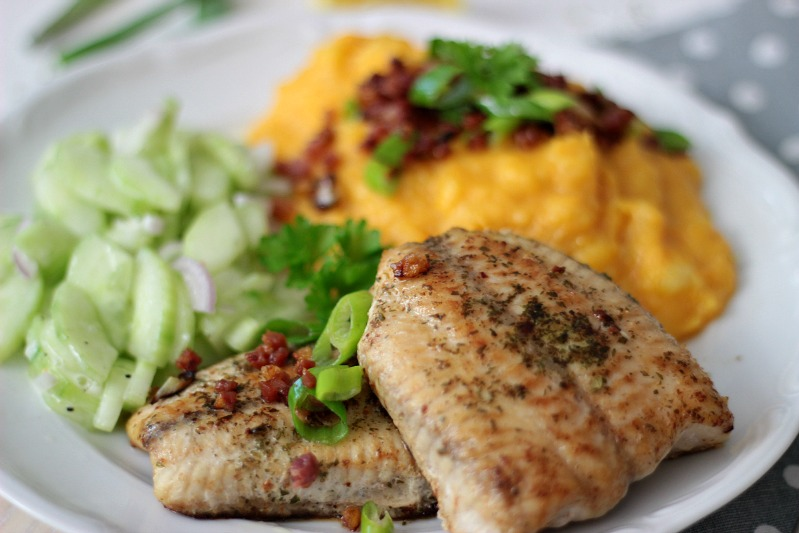 Kürbis-Kartoffelstampf zu Welsfilet und Gurkensalat 2