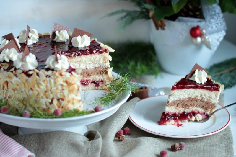 Preiselbeer Nougat Torte 7