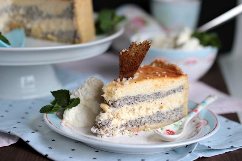 Mascarpone-Mohn-Quark-Torte mit Karamellsplittern 3