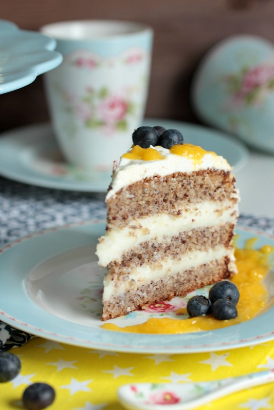 Nuss-Pudding-Torte mit Mango (glutenfrei) 14