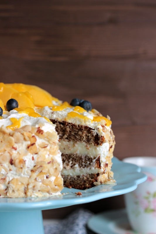 Nuss-Pudding-Torte mit Mango (glutenfrei) 10