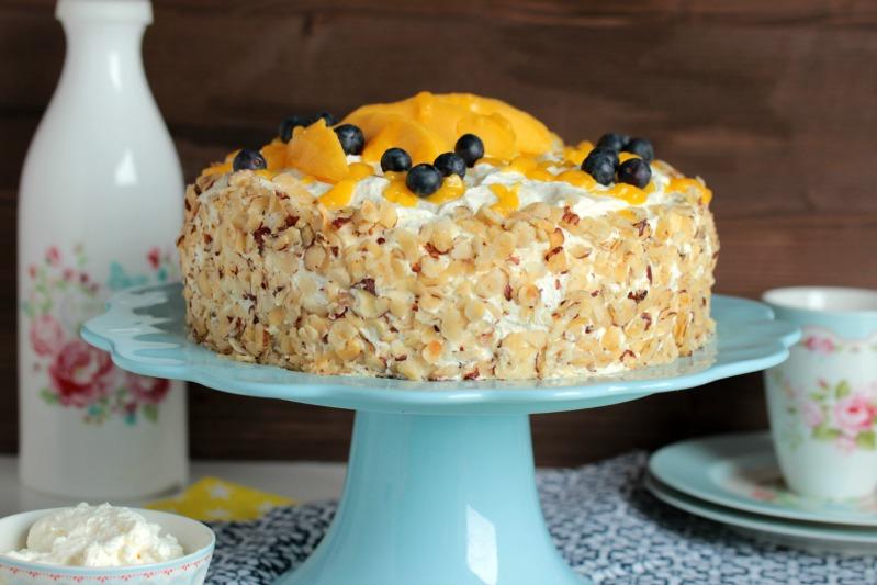 Nuss-Pudding-Torte mit Mango (glutenfrei) 13
