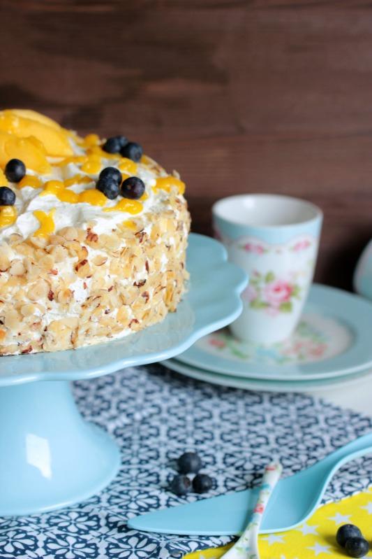 Nuss-Pudding-Torte mit Mango (glutenfrei) 12