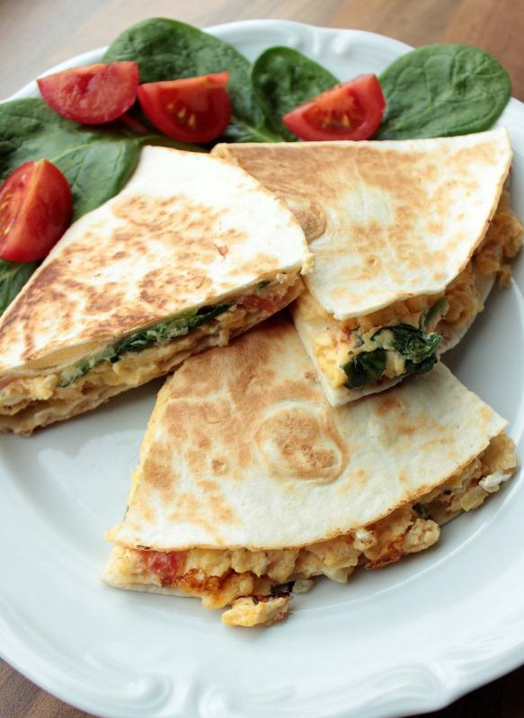Rührei- Spinat Quesadillas für ein schnelles Frühstück 26