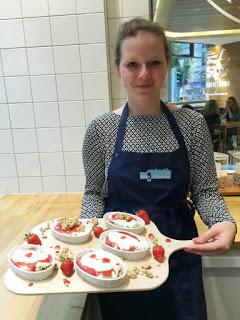 Erdbeer-Basilikum Scones für den 3. Blog-Stammtisch im Kölln Haferland* 63