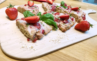 Erdbeer-Basilikum Scones für den 3. Blog-Stammtisch im Kölln Haferland* 66