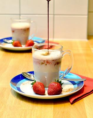 Erdbeer-Basilikum Scones für den 3. Blog-Stammtisch im Kölln Haferland* 21