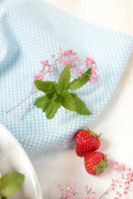 Erdbeer-Minz-Torte mit Müsliboden , ganz ohne backen* 7