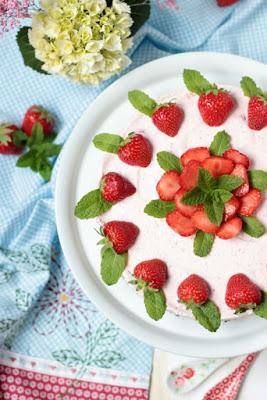 Erdbeer-Minz-Torte