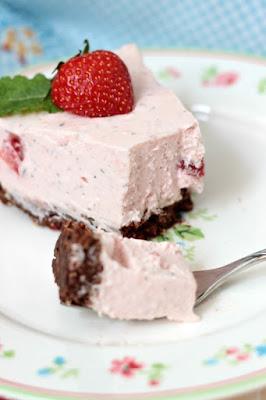 Erdbeer-Minz-Torte mit Müsliboden , ganz ohne backen* 10